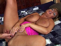 Adele blonde milf with big tits (Camaster)