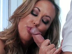 Luxurious big tittied milf Brandi Love is screwing with her baldheaded boyfriend Johnny Sins in this xxx action. See her sucking and stroking penis before giving rodeo on it.