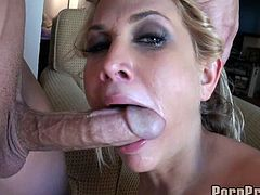 Lascivious blonde hottie stuffs her mouth with huge hard rod and rides it passionately