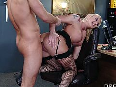 Make sure you check out this hot babe Leya Falcon! She want to get the raise and spreads her legs to get her asshole stretched by her boss!