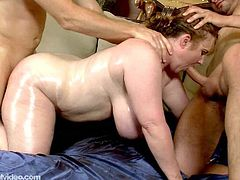 Lovely Plump MILF Seana Rae shaggs Her Sons companion