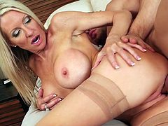 Naughty America sex clip provides with a really voracious for cum slut. This bitchie blondie with big boobs does her best while pleasing a man. Being banged from behind is a perverted dream of wondrous filth.
