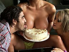 These two smoking hot sirens Aleska Diamond and Aletta Ocean give their pussies to this dude for his birthday. He fucks them and feels good.