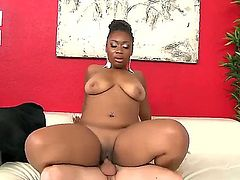 Busty ebony La Reina likes feeling white hunk Tony Rubino drilling her shaved cunt