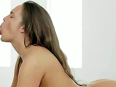 Seductive sexy babe gets the wonderful cunnilingus after the massage and pays doing the deep throat blowjob. They both are the professional of oral sex! Enjoy this gentle scene!