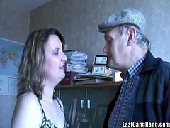 See this kinky brunette mature blowing strangers in front of her husband. This couple definitely love some very naughty games.