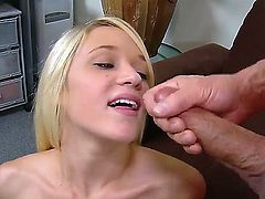 Awesome blondie Tegan Summers is sucking her boyfriends hard cock, pleasing him nicely while he is laying on the couch and relaxing. Enjoy Peter North fucking.