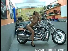 Naughty wife masturbation on the bike! Watch her spreading legs showing of her tight shaved pussy and rubbing it till a nice orgasm!