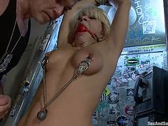 Gorgeous blonde Lea Lexis is having fun with Mark Davis in a foul basement. Mark ties the milf up and tortures her before destroying her nice pussy.