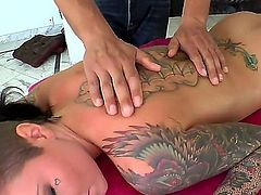 Christy Mack loves fresh hot sperm man goo all over her face