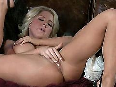 Ainsley Addison with juicy jugs and bald beaver is totally naked and plays with her muff pie non-stop