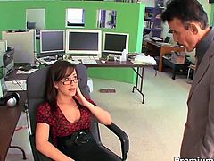 Incredibly horny four eyed bitch Jennifer White has big succulent boobs and she knows how to use them to seduce guy to fuck her nice and slowly. First, she gives him a hot blowjob and then he fucks her hard in sideways pose.