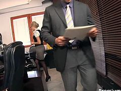 Be ready for steamy office sex right now. Sweet looking secretary spreads her legs wide on the table. He fucks her hard right on the table and licks her pussy with a great pleasure.