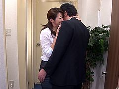 Delectable pale skin Japanese brunette Maki Hojo seduces her coworker at the office. Bitch licks his big hairy balls and polishes his shaft with her mouth.