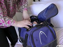 Kinky Euro gal gets easily seduces by old man. She gets rid of the loose shirt and jeans. It's high time to see her appetizing boobs and smooth pale ass in Jim Slip sex clip to jerk off for pleasure.