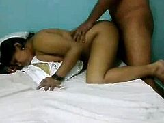 Mumbai milf having made love in doggy position moaning heavily