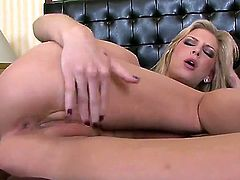 Brooke Banner gives pleasure to herself using dildo