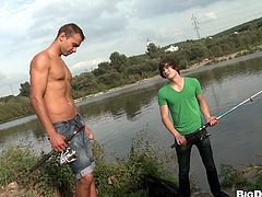 This cute boy is fishing but soon he will be the one in the hook. Dee has the perfect bait for sexy gay boys like this one, his big hard cock and Dee knows how to use it! He shows his dick and the cutie kneels for it and opens his mouth. He loves that meat between his lips and all that he needs more is spunk
