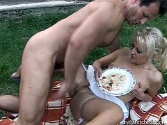 After giving a zealous tongue fuck to rapacious blond milf, perverse dude throws food on her shaved cunt and later pokes it in missionary and reverse cowgirl styles.