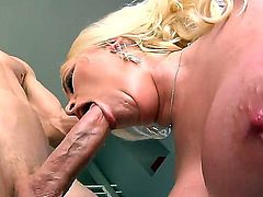 Amazing and hardcore fuck with Angel Vain and Jordan Ash