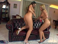 One of a kind Simony Diamond with perfectly shaped natural boobs and firm delicious bums licks her pretty girlfriend in high heels only and stuffs her cunny with big black dildo