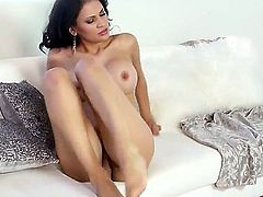 Vanessa Veracruz with massive boobs and hairless pussy spends time dildoing her love box for camera