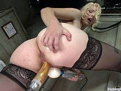 Nothing is hotter then seeing a hot ass beauty playing with her sex machine. Our blonde babe Ella is having a great time in front of the camera using her sex machine. She stands up on her feet and gets that juicy pussy drilled hard by her dildo strapped to the machine. This is the way she likes to masturbate.