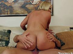 Short haired and lusty blonde Mellanie Monroe enjoys in pleasing Johnny Castle and sucking his hard rod on her living room sofa in front of the camera and enjoys