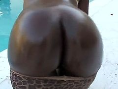 Voodoo uses his hard pole to make blowjob addict Teen chocolate Amina with big booty happy