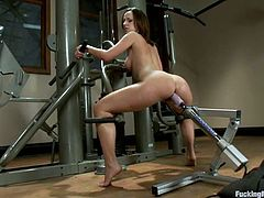 Slutty brunette Jada Stevens is having fun in a basement. She rubs her coochie with a dildo and then gets her pussy pounded hard by a fucking machine.