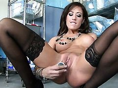 Capri Cavalli enjoying great masturbation session