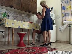 Watch a vicious mature blonde getting her clam munched and banged by a young stud who loves older pussy.