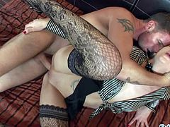 Shaved pussy blonde Logan loves hardcore sex
