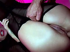 Having huge dick stroking her ass in nasty anal makes her moan and tremble