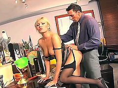 Lucky boss gets to lick and bang her sexy secretary Donnas juicy cunt in the office