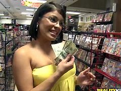 This girl went to a shop to buy underwear and ended up getting cash for sex! She took the bills and took the dick!