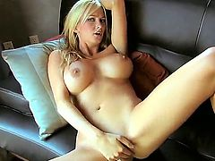 Blake Rose with juicy hooters and smooth bush has some time to play with herself for cam
