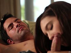 Sweet brunette Zarena Summers is a girl of great charm and beauty! She takes her lover's dick in her mouth and sucks it passionately and then she lies on her back and parts her legs so he can taste how good her pussy is.