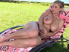 Horny Katarina likes drilling her wet vag in superb outdoor solo masturbation show