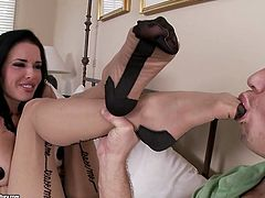 21 Sextury xxx clip provides you with a really hot and kinky brunette gal. Slender chick with nice tits wears only black stockings. Zealous gal wanna please her BF. How? This wondrous nympho is a great pro in footjob and handjob. Just press play and enjoy right here and now.
