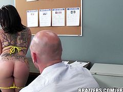 When sexy brunette Casey Cumz notices how much her story is turning the officer on. This slut starts peeling off her clothes until she has the officer jumping at the chance to throw his dick into her sweet holes.Don't miss it!