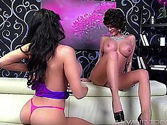 Amy Anderssen & Joslyn James having fun