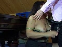 Moms Give Ass offers you Hardcore Sex xxx vid