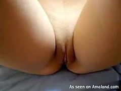 Amateur babe shows off her big natural boobies