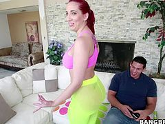 Kell Divine is s curvy bootylicious redhead that is proud of her bottom. Lady in panties exposes her big butt cheeks outdoors and the again indoors. She turns guy on with her nice butt.