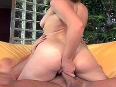 Naomi cruise gets her clam and mouth banged