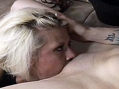 Sex greedy tattooed brunette gets her vagina eaten by aroused lesbian