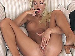 Victoria Kruz fingering herself to orgasm on a chair
