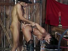 A hot and horny cowboy fantasy. Staring Keiran Lee and Savannah Stern. this porn star loves it big. Which is a good job as she sucks on the Sheriffs huge cock. she looks amazing as she is bar over the bar as he rides her like a real cowboy.