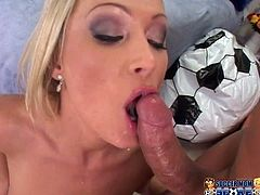 Amazing blonde cutie Diana Doll shows her cock-sucking talent to some guy. Then she stands on all fours and lets the man smash her juicy pussy doggy style.
